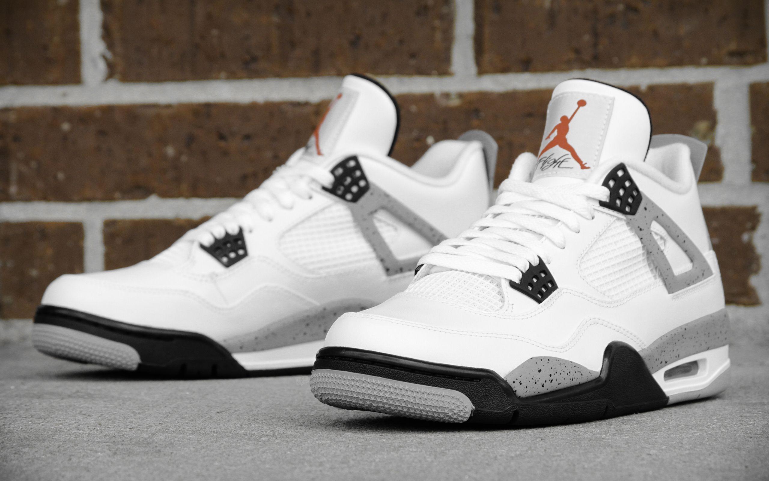 chaussure air jordan 4